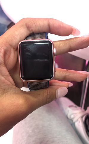 Apple Watch Series 2 ROSE GOLD for Sale in Atlanta, GA