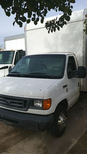 06 Ford E350 16ft box for Sale in Phoenix, AZ