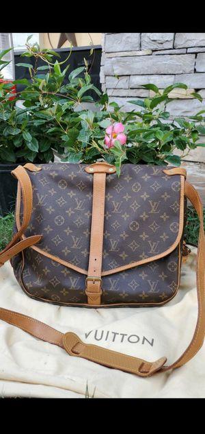 Authentic messenger bag louis vuitton for Sale in San Antonio, TX
