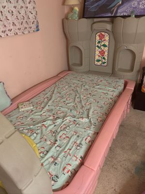 Girls bed. Twin mattress for Sale in Buffalo, NY