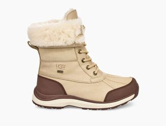 ADIRONDACK III BOOT Sand - Women's Size 10 for Sale in Philadelphia,  PA