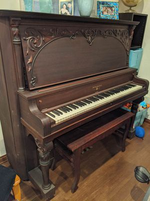 FREE to loving home - Schumann piano for Sale in Alhambra, CA