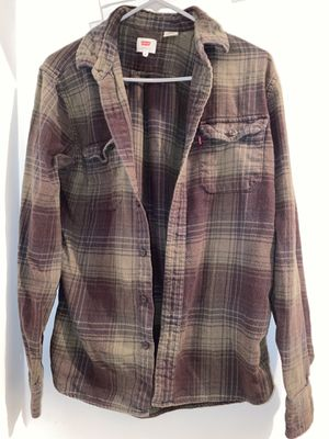 Forest green Levi's flannel (size m) for Sale in San Francisco, CA