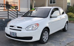 2010 Hyundai Accent Hatchback 70K for Sale in Hillsboro, OR