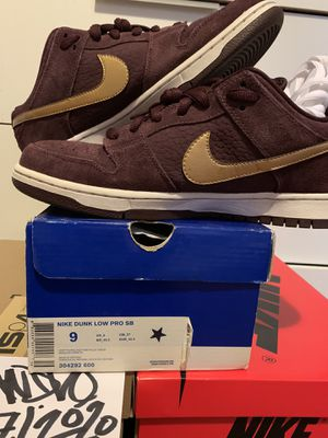 "Nike SB Dunk Low ""UK Passport"" for Sale in Denver, CO"