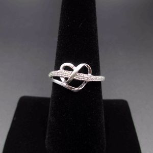 Vintage Size 7 925 Sterling Silver Twisted Heart Diamond Band Ring Wedding Engagement Anniversary Elegant Beautiful Statement Everyday Cute for Sale in Bothell, WA