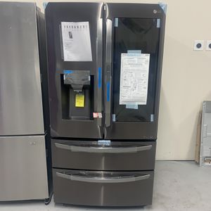 Lg French Door Refrigerator for Sale in Pompano Beach, FL