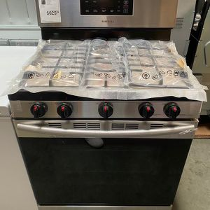 SAMSUNG STAINLESS STEEL! for Sale in Riverside, CA