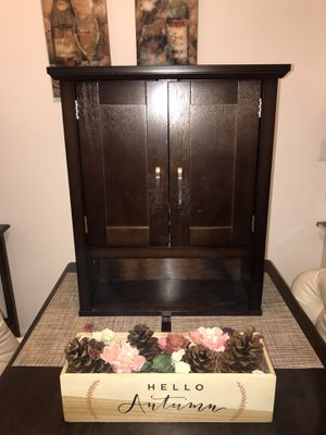 Bathroom Cabinet for Sale in Tarpon Springs, FL