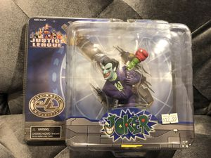 The Joker, Paperweight, Justice League, Monogram Masterworks BRAND NEW for Sale in Fresno, CA