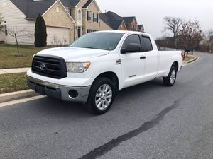 2007 Toyota Tundra Double Cab 4x4 8fit long for Sale in Hyattsville, MD