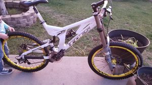 Mountain bike downhill freestyle Foes Racing for Sale in Covina, CA