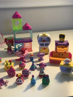 Shopkins - 60+ pieces plus figure for Sale in Temecula, CA