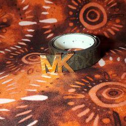Mens Michael Kors belt. size meidum for Sale in Middletown,  NJ