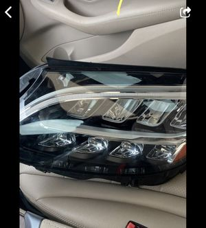 C300 Left and right good condition 2019 for Sale in Miami Gardens, FL
