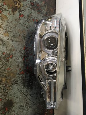 2012-2016 bmw 3 series f30/f31 3D u halo headlights for Sale in Ontario, CA