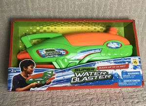 Super Water Gun Shooting. Toy Soaker. Pressure Pump Spray. Super Kids Blaster. for Sale in French Creek, WV