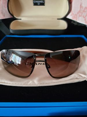 100 % authentic Chanel sunglasses. In case and bag. Like new for Sale in Meriden, CT