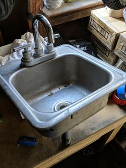 Bar Back Sink for Sale in Hillsboro,  OR