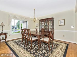 Dining Room Suite In Excellent Condition for Sale in Sterling, VA