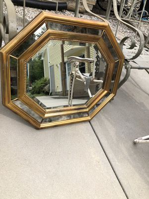 Hanging Wall Mirror for Sale in Burrillville, RI