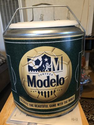 Brand new modelo beer ice cooler in box for Sale in Los Angeles, CA