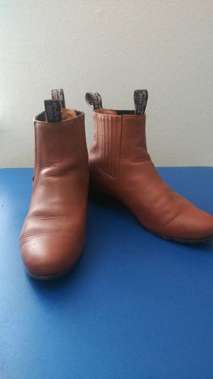 Establo Light Brown Leather Boots Size 8 for Sale in Tacoma, WA