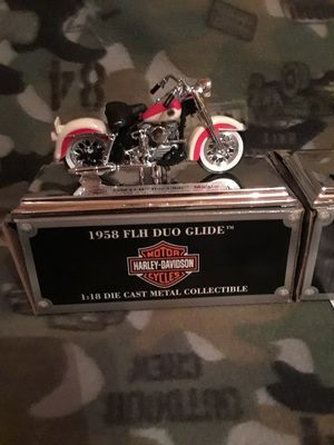 Harley-Davidson Motor Co, 1:18 DIE CAST METAL COLLECTIBLE MAKE A OFFER PLEASE. for Sale in Austin, TX