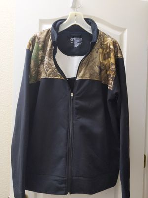 Dallas Cowboys Authentic Men's Zip up jacket, Black/camo, xl for Sale in Chico, CA