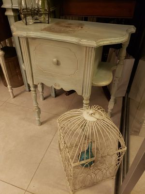 lamp table for Sale in Fort Lauderdale, FL