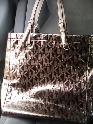 Mk bag for Sale in Colton, CA