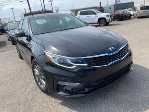 2019 Kia Optima for Sale in Roseville, MI