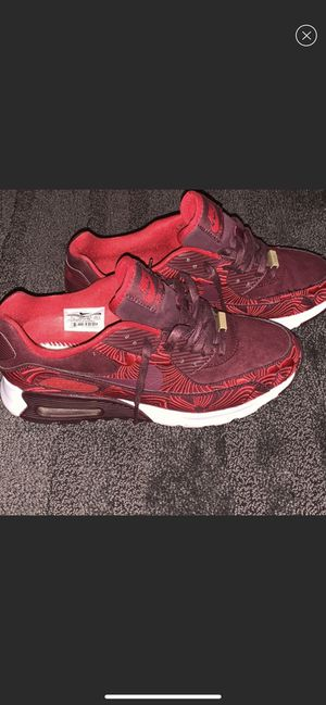 Nike women's air max 90 for Sale in Silver Spring, MD
