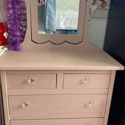 Pink Kids Vanity Dresser for Sale in Vancouver,  WA
