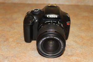 Canon T3 digital camera, lens, charger and case. for Sale in Las Vegas, NV