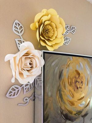Yellow and white flowers! - Customizable! for Sale in Carmel, IN