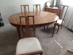 Dining room and 6 chairs for Sale in Tulsa, OK