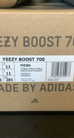 Yezzy 700 utility black for Sale in Indianapolis,  IN