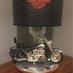 Harley Davidson Vintage Lamp (softtail) for Sale in Wood Dale,  IL