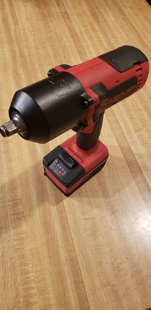 Snap-On usa tools Monterlithium cordless impact wrench with battery (like new) for Sale in Claremont, CA