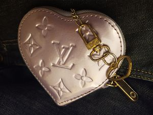 Louis Vuitton Coin Purse for Sale in Spanaway, WA