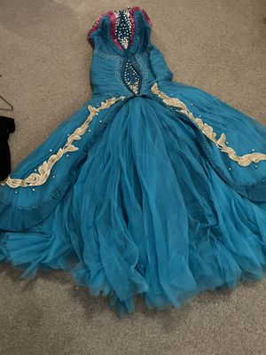 prom dress worn one time like new with jaket for small great condition for Sale in NEW PRT RCHY, FL