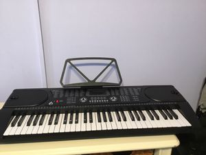 LAGRIMA Electric Piano Keyboard 61 key Keyboard Music Piano Portable Electronic Digital paino with Microphone for Sale in Ormond Beach, FL