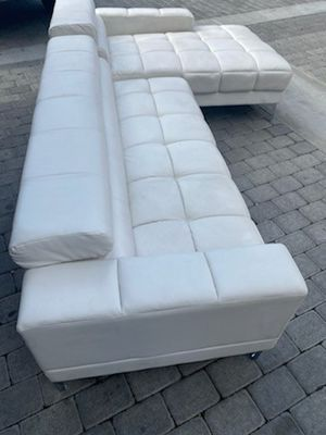 Sectionals sofas. for Sale in Fontana, CA