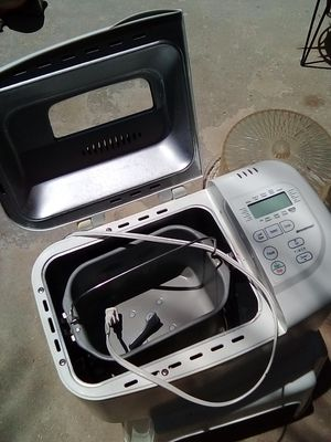 Bread maker Great Deal for Sale in Fresno, CA