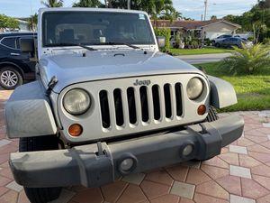 jeep wrangler 2010 for Sale in Pompano Beach, FL