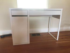 Ikea MICKE Desk Perfect Condition for Sale in Piedmont, CA