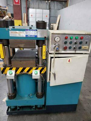 Hydraulic Press Machine for Sale in Revere, MA