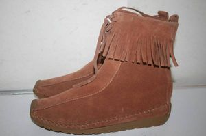 Tchoco Women's Western Booties Suede leather, Chestnut Size 5 for Sale in Detroit, MI