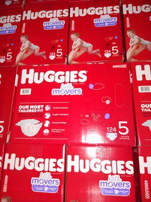 HUGGIES LITTLE MOVERS SIZE 5 $33 CADA 1 CAJA PRECIO FIRME RRECOJER EN SANTA ANA CA NO ADOMISILIO 👁️👀 for Sale in Santa Ana, CA